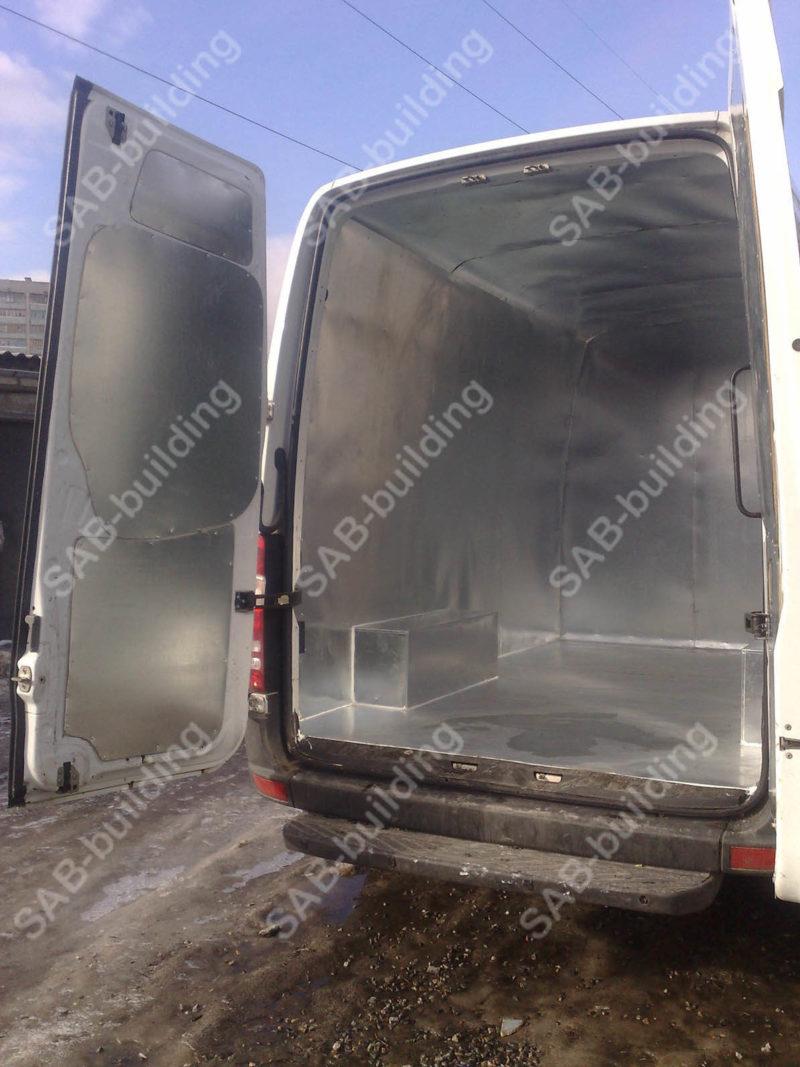Металлические фургоны