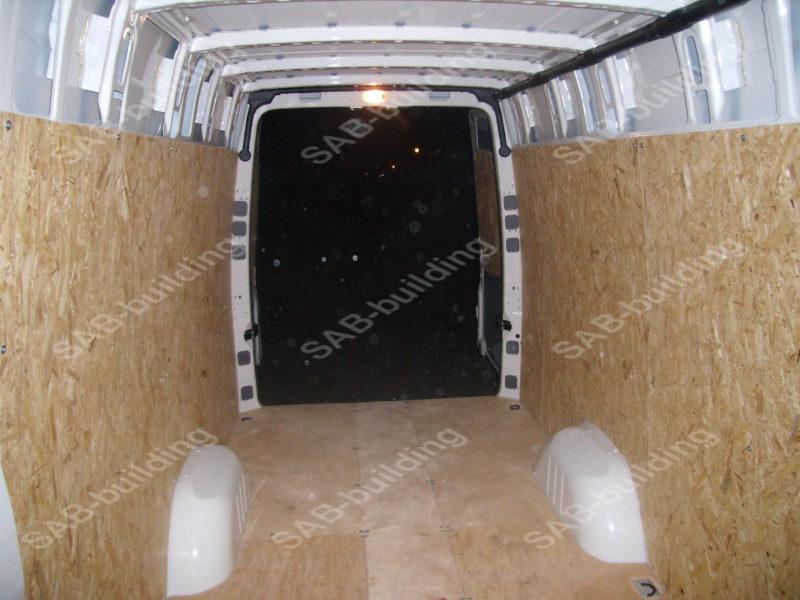 Фанерная обшивка легкового фургона