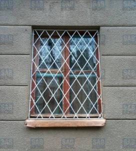 узкое сварное окно