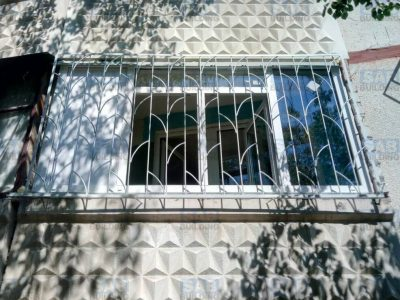 Решетки на окна распашные