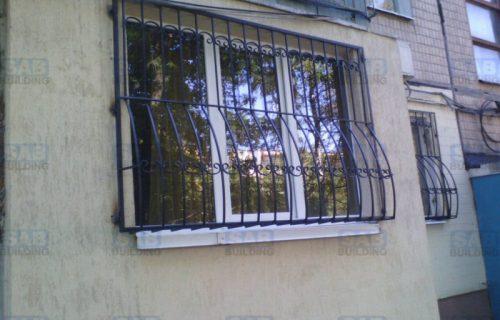 Дутые решетки на окна в квартире